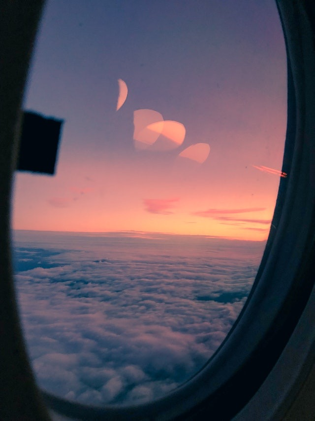 picture from a window on a aircraft illustrating fertility in flight crew